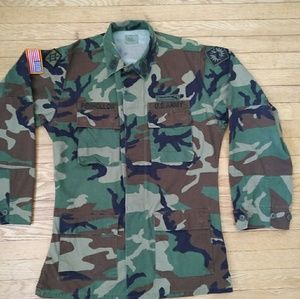Vintage Army Camo Jacket Sz Medium/XLong